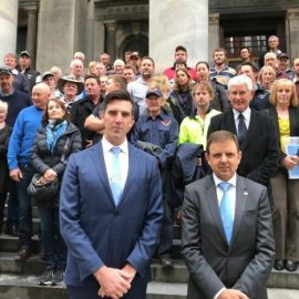 SA Liberal MPs cross the floor to oppose controversial mining bill